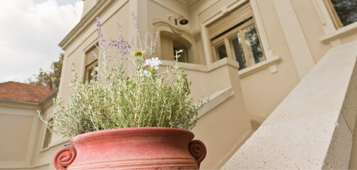 Helia-D Herba-kastély Gyógynövény- és Szépségközpont